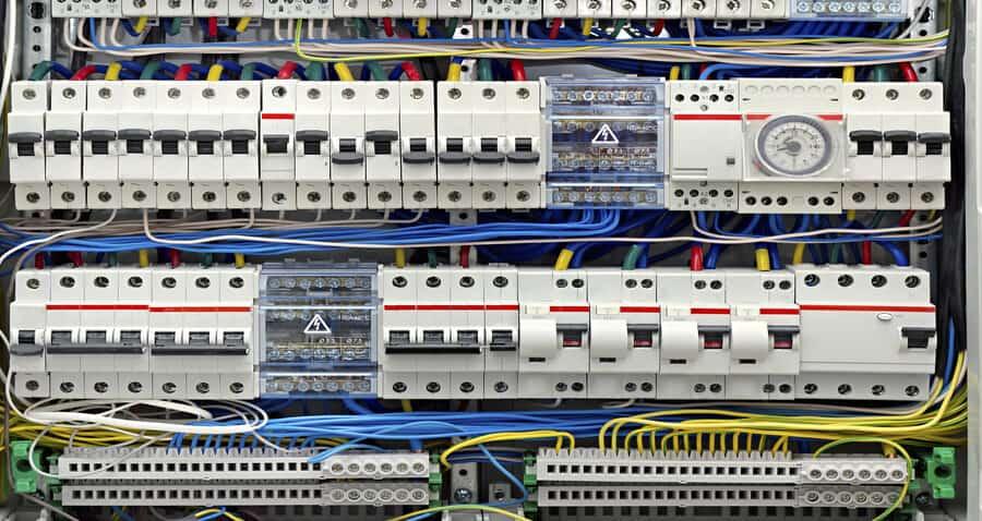 Instalaciones-eléctricas-Sevilla