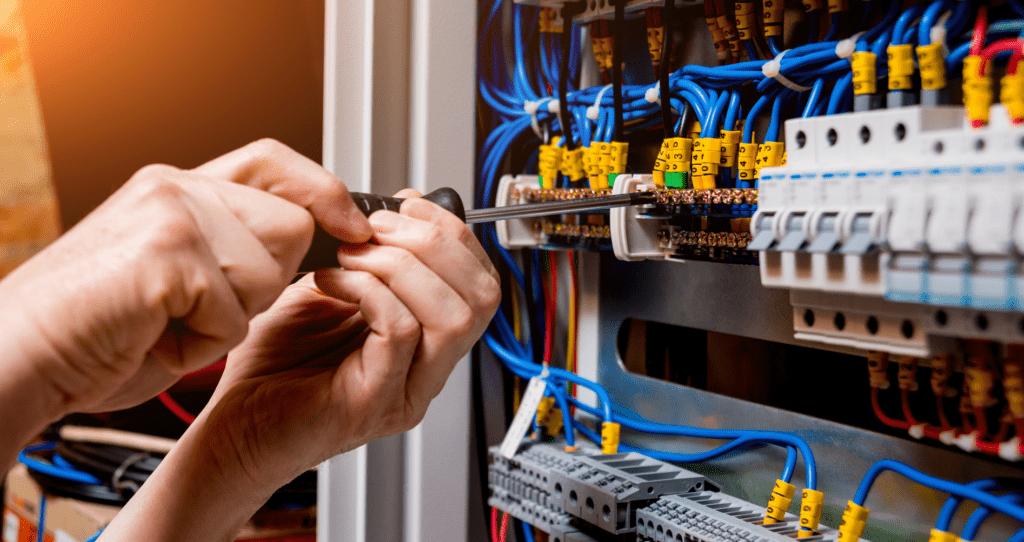 Electricistas-comunidades-de-propietarios